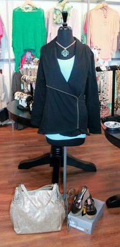 unique a-symmetrical zip up! so cute with a long tank, or necklace! perfect for spring time.