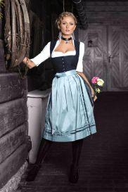 AlpenHerz Dirndl Kollektion Tradition 2016 Oktoberfest Outfit, Lovely Dresses, Modest Dresses, Nylons, Blouse Nylon, German Outfit, Lederhosen, Beauty Women, Female