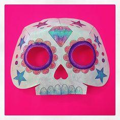 La última máscara de papel que hice este año para celebrar el #DíaDeMuertos 💎