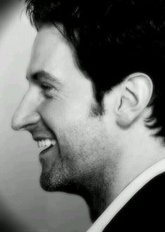 Richard Armitage and the smile that could stop traffic.
