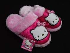 Hello Kitty Pink Plush Sequin Slippers Size Small 5 - 6 Girls New With Tags #HelloKitty #Slippers