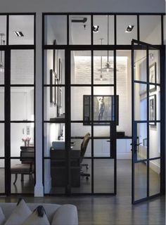 Stunning glass walls/doors. Not my style but I really like this.