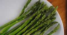 <p>This pointy veggie may look aggressive — they are called spears, after all! — but the nutritional powers of asparagus prove it's a dietary lover, not a fighter.</p> https://greatist.com/health/superfood-asparagus