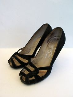 Vintage late 1940s Sophisticates by Dummett. Unique suede open-toe pumps and an open style I rarely see in 40s shoes. Lovely black suede with