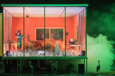 Swamp Club - Philippe Quesne / Vivarium Studio.