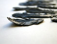 edible chocolate feathers