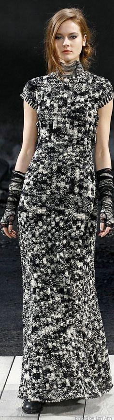 Chanel Fall 2011 RTW