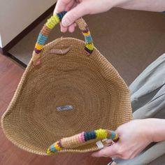 Bag Crochet, Crochet Purses, Handmade Handbags, Handmade Bags, Free Crochet Patterns Uk, Creative Bag, Wicker Purse, Knit Basket, Jute Bags