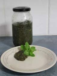 Is your mint plant starting to take over the garden? Tired of your mint sauce running all over the plate? Here is a solution to both these dilemmas.  A great recipe for Jellied Garden Mint Sauce.