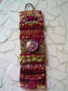beaded fabric cuff | Flickr: partage de photos!