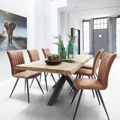 Marita stoelen met Gadia tafel - IN-House