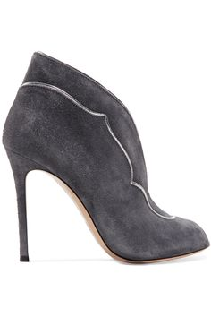 GIANVITO ROSSI METALLIC LEATHER-TRIMMED SUEDE PUMPS £313.50 http://www.theoutnet.com/product/982791