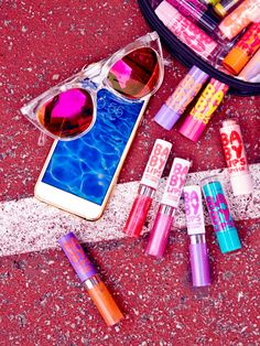 Three new ways to gloss like a boss. Maybelline Baby Lips Moisturizing Lip Gloss is here for all you fab babes.