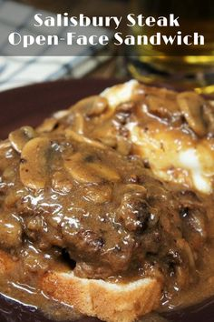 Salisbury Steak Open-Face Sandwich, perfectly seasoned lean ground beef is smothered in a flavorful deep-brown onion and mushroom gravy, and served on a slice of white bread. Saulsberry Steak Recipes, Salisbury Steak Recipes, Ground Beef Recipes, Cooking Recipes, Salisbury Steak Recipe Pioneer Woman, Skillet Recipes, Burger Recipes, Swiss Steak, Homemade Pickles