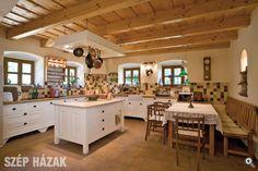 Mediterranean homes – Mediterranean Home Decor Dining Area, Kitchen Dining, Beige Kitchen, Wine House, Mediterranean Home Decor, Farmhouse Interior, Lofts, Home Interior Design, Sweet Home