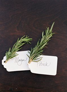 simple, organic place card.