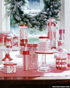 Normalmente há confusão para escolher onde será comemorado o Natal.     Um exemplo comum é o de um casal com filhos cujos pais são vivos. ...