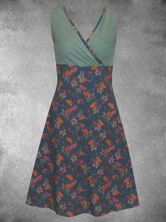 Vintage Dresses Online, Plus Size Vintage, Daytime Dresses, Green Dress, Retro, High Waisted Skirt, Two Piece Skirt Set, V Neck, Cotton