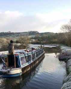 Winter boating on the Macclesfield Canal Tiny Office, Narrowboat, Moving Day, Small Space Living, Get Outside, Boating, Landscape Photography, Ted, Sunshine