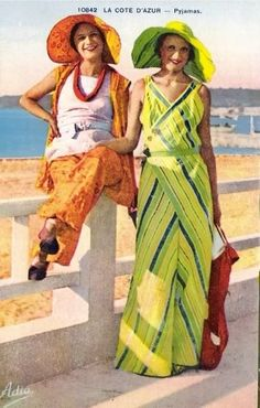 Vibrant 1930s beach pyjamas worn with matching hats. http://violetsvintagevault.wordpress.com/
