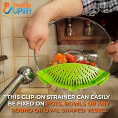 One of the most common complaints about clip-on strainers is that they aren't flexible enough to fit on different sized pots, pans and bowls, but with our high-quality Strainer Clip Anti-Spill Colander, that problem has been eliminated altogether. Cool Kitchen Gadgets, Home Gadgets, Cooking Gadgets, Cooking Tools, Kitchen Items, Kitchen Tools, Cool Kitchens, Cooking Lamb, Cool Inventions