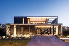Social Housing Architecture, Modern Architecture Design, Facade Design, Facade Architecture, Exterior Design, Design Your Dream House, Modern House Design, Home Design Floor Plans, Modern Mansion