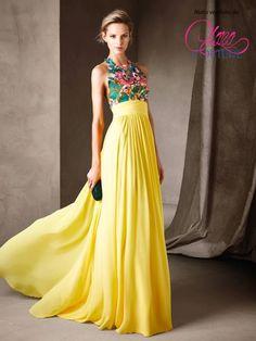 Pronovias da favola per un abito senza eguali #yellowdress #inspiration…