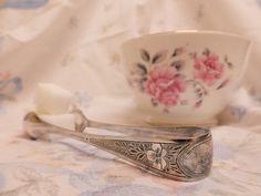 Sugar Bowl and Tong Set English Bone by EmsVintageCollection https://www.etsy.com/uk/listing/220945843/sugar-bowl-and-tong-set-english-bone