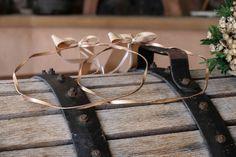 στεφανα γαμου επαργυρα πορσελανης αθηνα θεσσαλονικη ροζ χρυσο ασημενια επιχρυσα λινατσα vintage ξυλινα μεταξωτα ρομαντικα τιμες οικονομικα ελια διχρωμα Save The Date, Wedding Inspiration, Wedding Ideas, Our Wedding, Wedding Decorations, Arts And Crafts, Wreaths, Boards, Weddings
