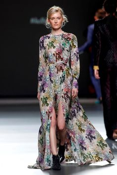Teresa Helbig Madrid Fashion Week Collection - PickyView Fashion, Travel and Reviews