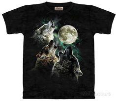 Three Wolf Moon T-Shirts sur AllPosters.fr
