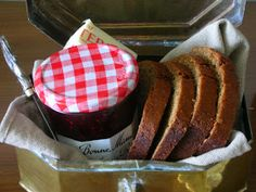 Sweet Foodie: Honey Spice Bread