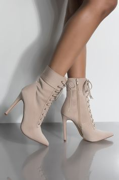 Women Boots Ladies Boots Sale Roa Hiking Boots Sale Custom Made Thigh High Boots Knee High Grey Boots Outfit Pretty Shoes, Cute Shoes, Women's Shoes, Shoe Boots, Prom Shoes, Shoes Men, Boat Shoes, Best Trail Running Shoes, Best Walking Shoes