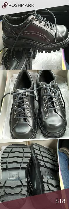 Brand new lei shoes Brand new in box lei Shoes