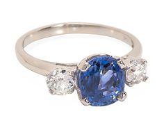 Heat up the Night - Diamond Sapphire Ring