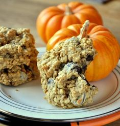 Pumpkin Chocolate Chip Oatmeal Cookies (Doubled the pumpkin and pumpkin spice and used almond meal)