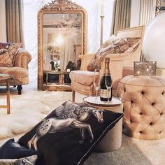 Luxury House Interior Design Tips And Inspiration Rich Girl Bedroom, Girls Bedroom, Cozy Bedroom, Master Bedroom, Luxury Lifestyle Fashion, Rich Lifestyle, Lifestyle News, Luxury Fashion, Living Vintage