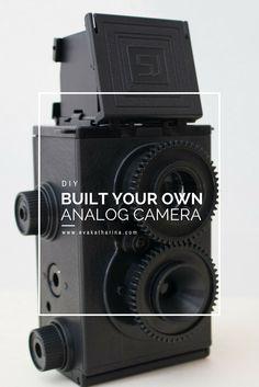 Wolltest du schon immer mal wissen, wie das Innenleben einer Kamera aussieht? Für nur 18€, kannst du dir deine eigene analoge Kamera zusammenbauen!