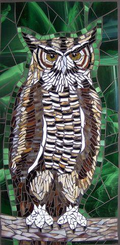 Owl mosaic by Barb Keith Owl Mosaic, Mosaic Tile Art, Mosaic Birds, Mosaic Crafts, Mosaic Projects, Stained Glass Projects, Stained Glass Art, Mosaic Glass, Mosaic Designs
