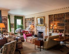The Glam Pad: John Fowler's Nantclwyd Hall Revisited: The library is another post-dinner gathering place for the Naylor-Leyland family, located just off the dining room. Home Living, Living Spaces, Living Rooms, Thurn Und Taxis, Family Room, Home And Family, Cosy Home, English Country Decor, Home Libraries
