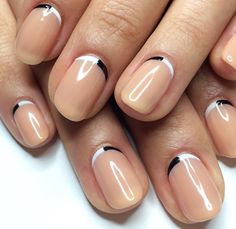 If you don't like fancy nails, classy skin color nails are a good choice because they are suitable for girls of all styles. And skin color nails have been popular in recent years. Happy Nails, Fun Nails, Nice Nails, Mani Pedi, Manicure And Pedicure, Classic Nails, Nail Envy, Nude Color, Nail Inspo