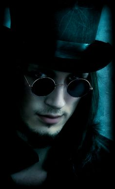 Buy steampunk goggles/sunglasses, steampunk watches, jewelry, assassin's creed hoodies, steampunk corsets and more. Gothic Men, Gothic Steampunk, Victorian Gothic, Steampunk Fashion, Victorian Vampire, Gothic People, Dark Beauty, Gothic Beauty, Dark Fashion