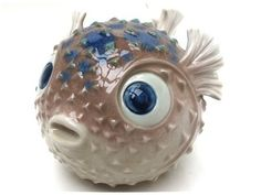 CURE THRIFT SHOP Lladro Spain Puffer Round Fish Figurine Lladro hand made in Spain puffer fish figurine. In very good condition, no chips or cracks. Measures 6 long, high, 12 around at widest p Clay Fish, Polymer Clay Figures, Fish Sculpture, Fish Art, Clay Creations, Clay Art, Pet Birds, Thrifting, How To Make