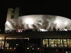 Manifestantes ocupam a Esplanada dos Ministérios em Brasília - Terra Brasil