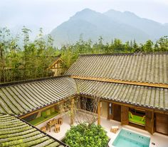 China Resort, Villa China - Six Senses Qing Cheng Mountain China Architecture, Japanese Architecture, Facade Architecture, Chinese Courtyard, Chinese Garden, Traditional Chinese House, Japanese Mountains, Building Concept, Hotel Apartment
