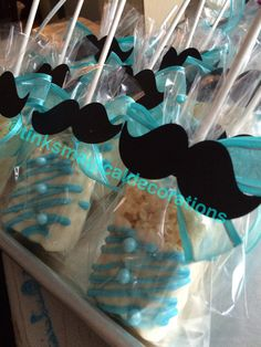 Mustache rice krispies treats covered with chocolate Lil Man Baby Shower, Little Man Babyshower, Mustache Baby Showers, Baby Shower Favors, Baby Shower Parties, Baby Shower Themes, Shower Ideas, Baby 1st Birthday, 1st Birthday Parties