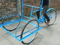 Vending Carts - Ice Cream Cart Manufacturer from Guwahati 4 Wheel Bicycle, Bicycle Cart, Trike Bicycle, Cargo Bike, Bike Food, Range Velo, Coffee Carts, Coffee Club, Tricycle Bike