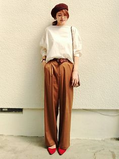 daily style from WEAR japan page Japan Fashion, Daily Fashion, Spring Fashion, Daily Look, Daily Style, Style Snaps, Office Fashion, Classic Outfits, Fashion Pants