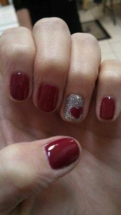 36 cute nail art designs for valentines day mani pedi glitter 60 incredible valentines day nail art designs for 2015 prinsesfo Images