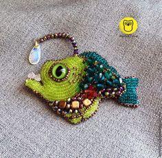 брошь Морской дьявол - ярко-зелёный,рыба,рыбка,морской дьявол,глаз,бисер